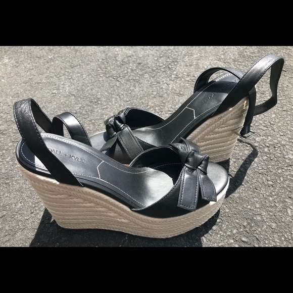 dad4ee95b4 Kendall & Kylie Shoes   New Womens Kendall And Kylie Wedges   Poshmark